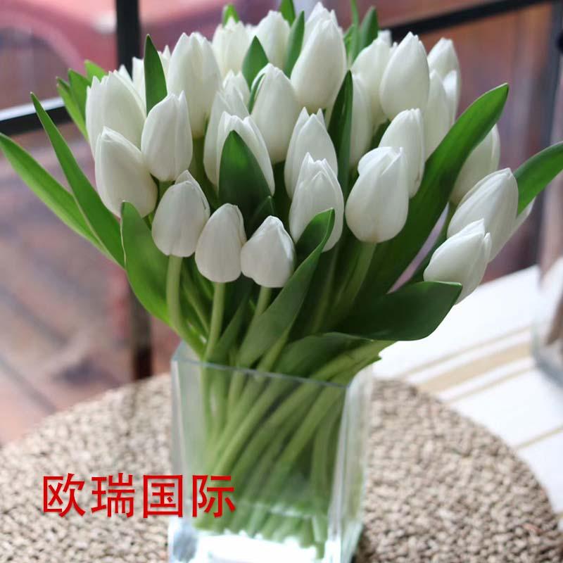 36白郁金香瓶花 国际送花 花店直送 保证时效